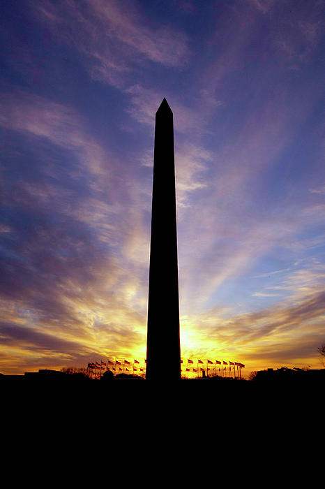 washington-monument-sunrise