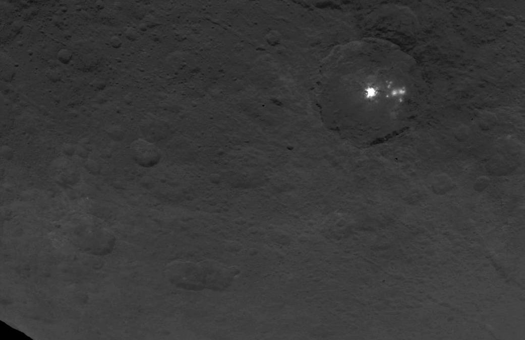 3-mile high 'pyramid' discovered on the Ceres dwarf planet