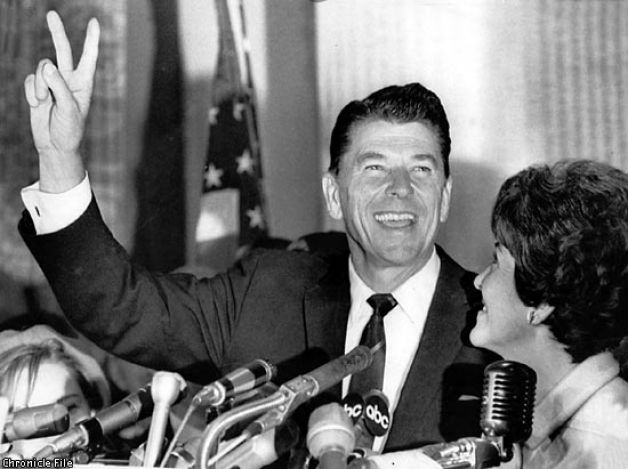 reagan peace sign