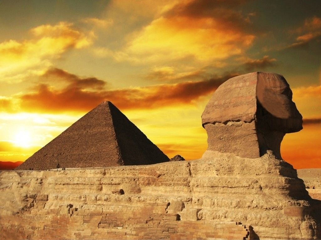 sphinx-and-pyramid-egypt